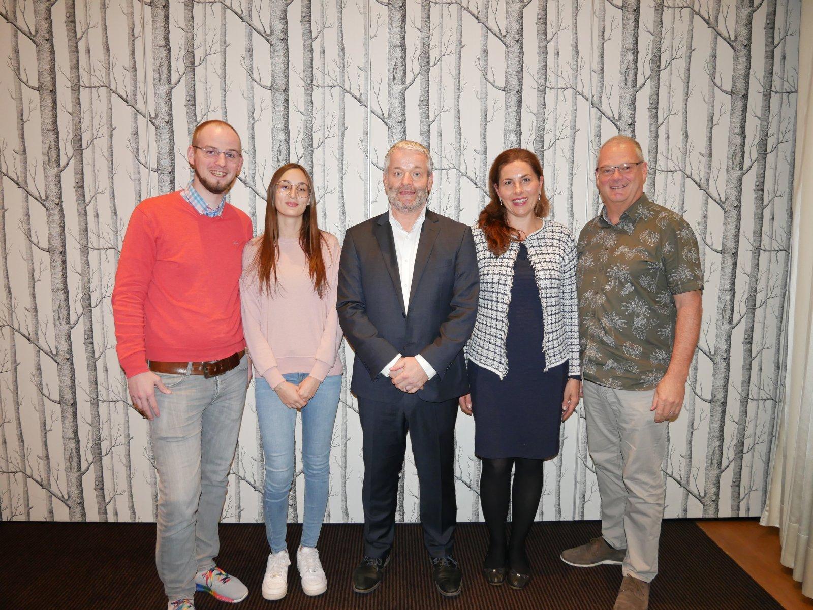 Albiez Hörakustik-Team und Dozent